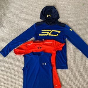Under Armour M/L tops
